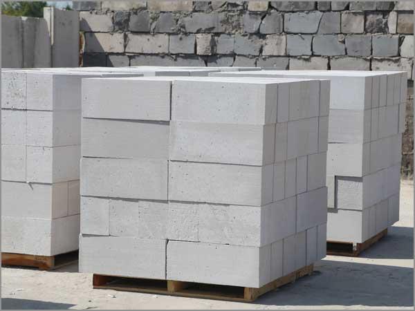 蒸压加气混凝土砌块的切割方式!
