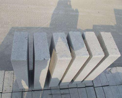 选择轻质砖厂家的四种方法